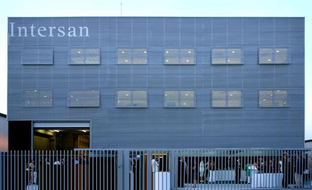 Intersan corporate headquarters, Poliny�